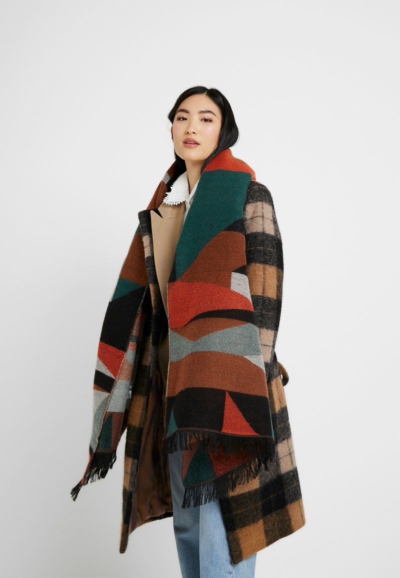 ONLY - ONLHUNTER GRAPHIC SCARF - Sjaal - ginger bread/multi colour