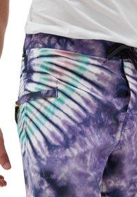 Vans - MN NEW AGE BOARDSHORT - Shorts - new age purple tie dye - 2