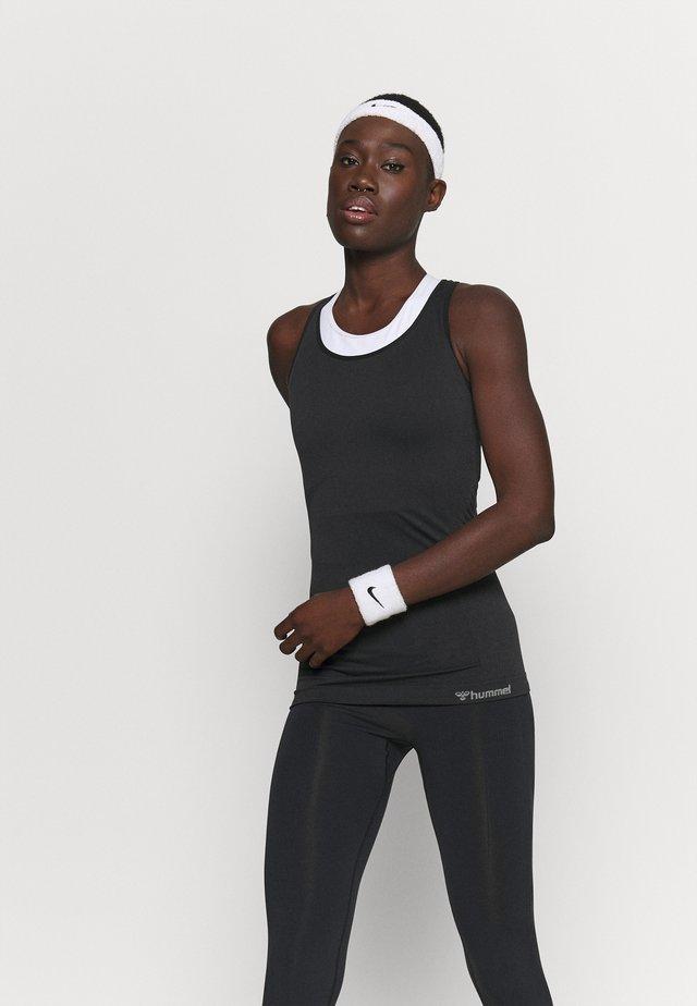 HMLTIF SEAMLESS  - Sportshirt - black