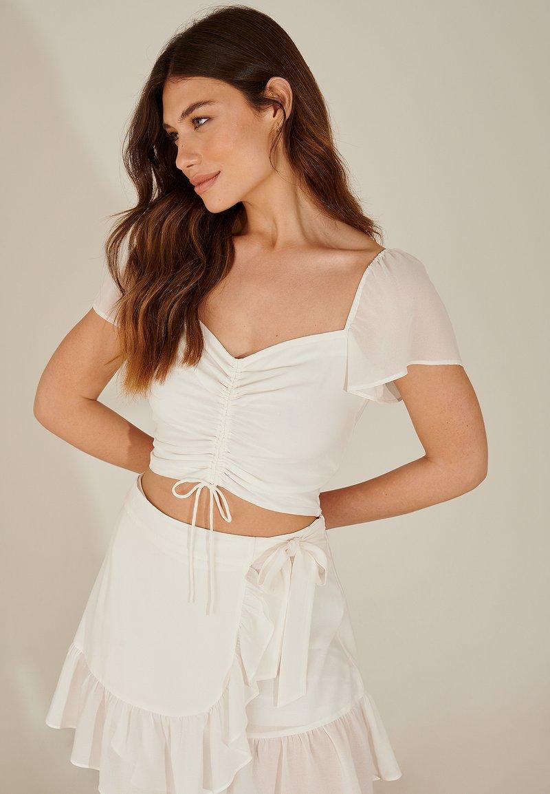 NA-KD - Blouse - white
