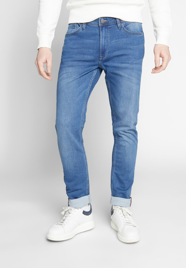 JET - Slim fit jeans - denim middle blue