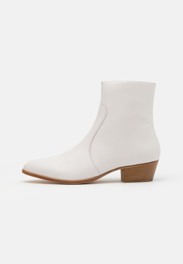 ZIMMERMAN ZIP BOOT - Stivaletti - white