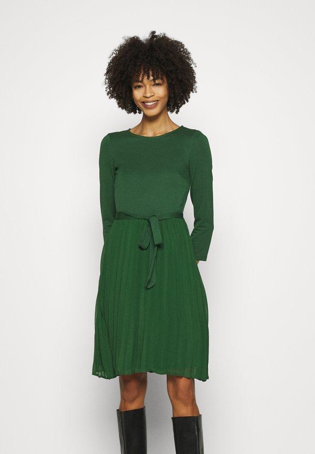 Spijkerjurk - green