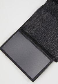 Aigner - HEART FLAPOVER - Peněženka - black - 7