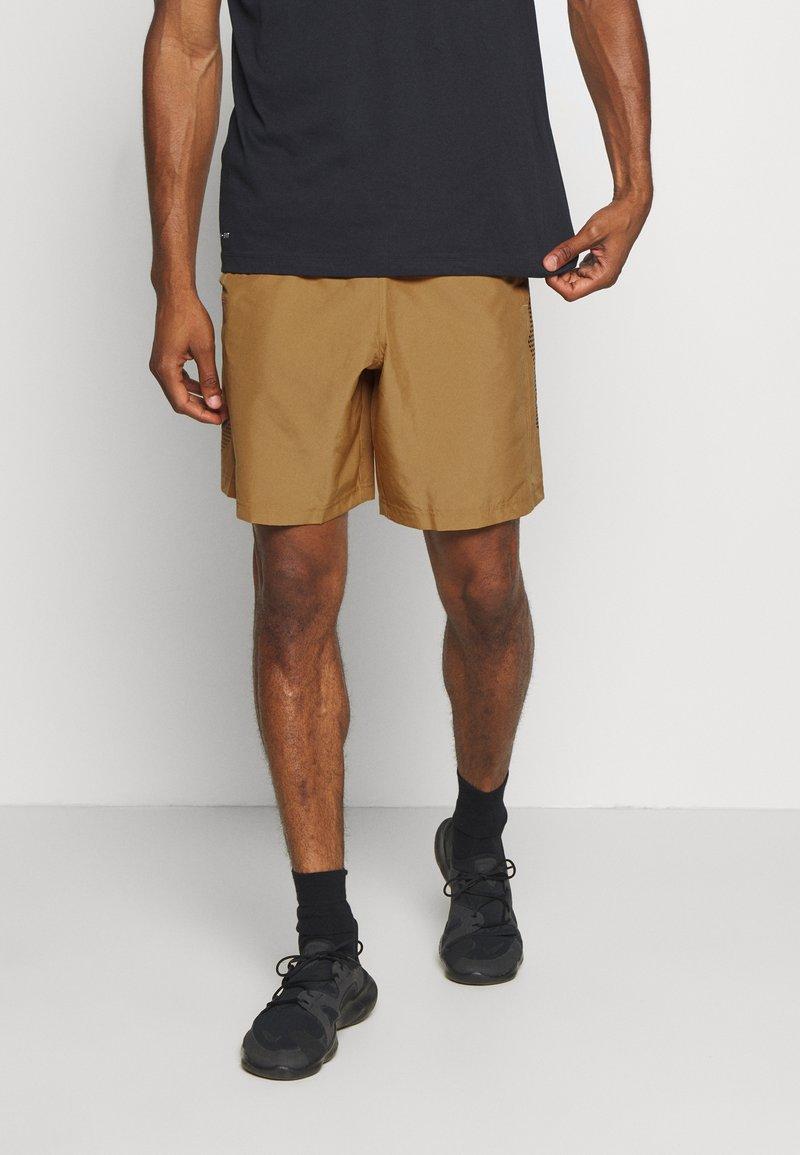 Under Armour - GRAPHIC SHORTS - Pantalón corto de deporte - yellow ochre