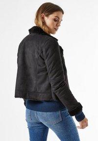 Dorothy Perkins - Faux leather jacket - black - 2