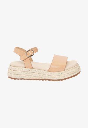 Sandály - tan