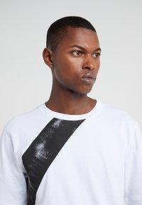 Damir Doma - TIES - Print T-shirt - white - 5