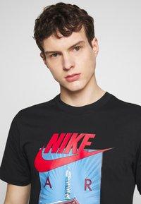 Nike Sportswear - AIR PHOTO TEE - T-shirt con stampa - black - 4