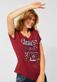 Cecil - MIT ETHNO-PRINT - Print T-shirt - braun - 0