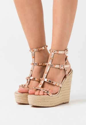 DOME STUD WEDGE - Sandalen met hoge hak - rose gold