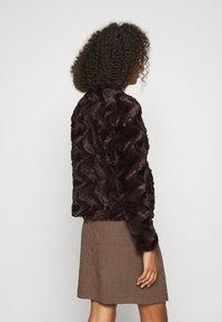 Vero Moda - Light jacket - dark brown - 2