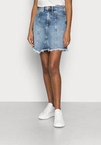 Even&Odd Petite - DENIM SKIRT - Denim skirt - light blue denim - 0