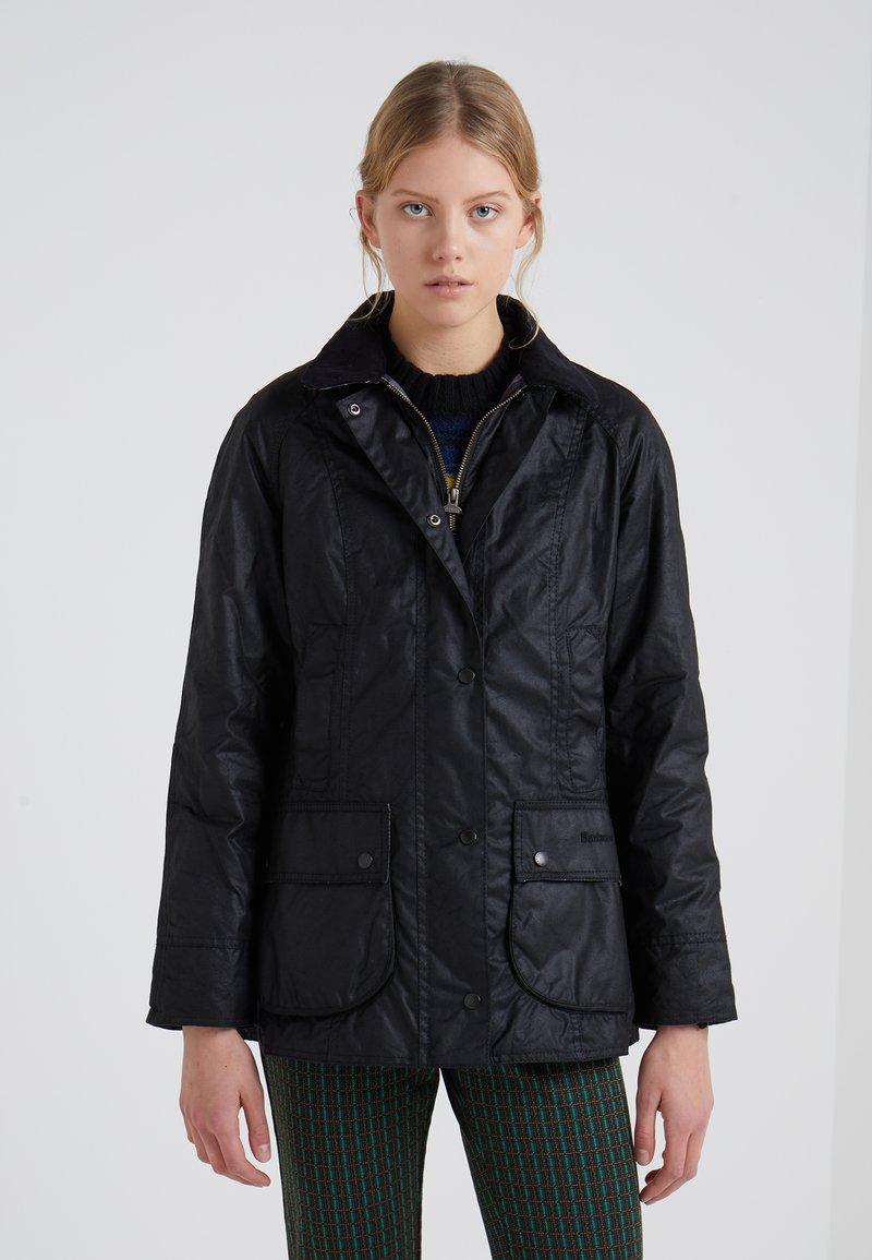 Barbour - BEADNELL WAX JACKET - Light jacket - black