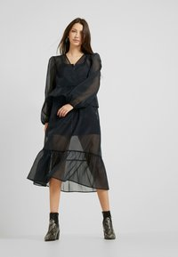 Monki - JENNIFER DRESS - Day dress - organza black - 2