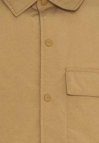 CLOSED - PADDED  JACKET - Light jacket - brown oak - 2