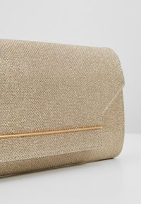 Dorothy Perkins - BAR  - Clutches - gold - 6