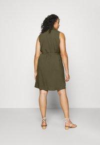 Anna Field Curvy - Shirt dress - olive - 2