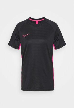 DRY ACADEMY - Print T-shirt - black/hyper pink