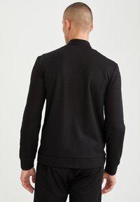 DeFacto - Sweat à capuche zippé - black - 2