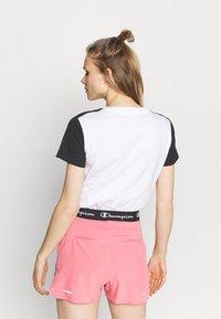 Champion - Print T-shirt - white - 2