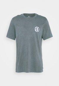 Nike Performance - FC TEE SEASONAL - Print T-shirt - smoke grey - 4