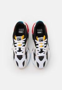 Puma - RS-X³ WH JR - Trainers - white/black - 3