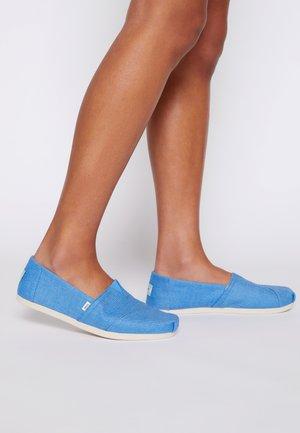 ALPARGATA VEGAN - Slip-ons - azure blue