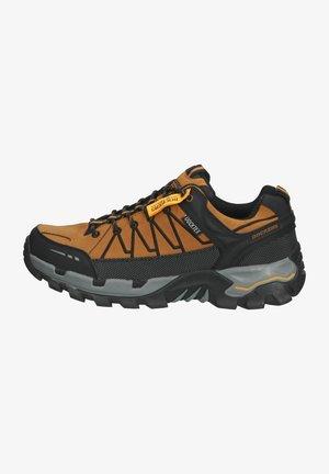Chaussures à scratch - hellbraun