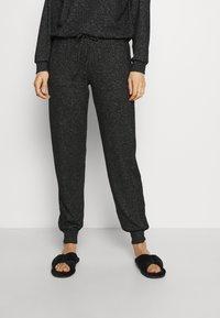 Marks & Spencer London - COSY CUFF PANT - Pyjama bottoms - black - 0