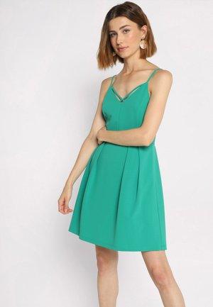 MIT TRÄGERN - Day dress - emerald green
