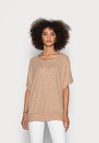 Soyaconcept - SC-BIARA 70 - Print T-shirt - sand melange - 0