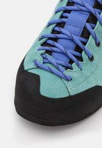Scarpa - GECKO  - Trekingové boty - aqua/violet blue - 5
