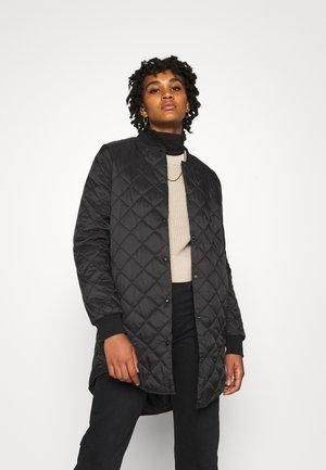 VMHAYLE  - Krótki płaszcz - black