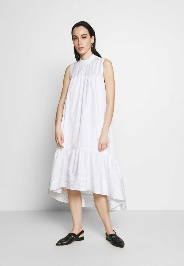 DRESS SMOCK NECK - Kjole - white