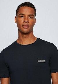 BOSS - T-shirts basic - dark blue - 3