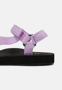 Rubi Shoes by Cotton On - STORMY SPORTY - Sandales - lilac - 7