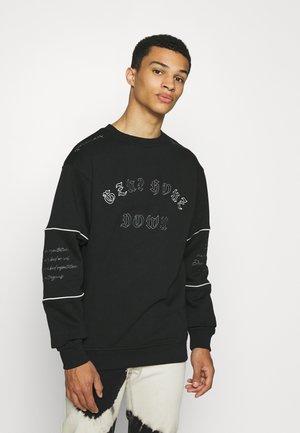 GRMY X GZUZ UNISEX CREWNECK - Sweatshirt - black