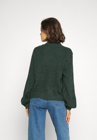 Monki - LIBBY - Strikkegenser - green dark - 2