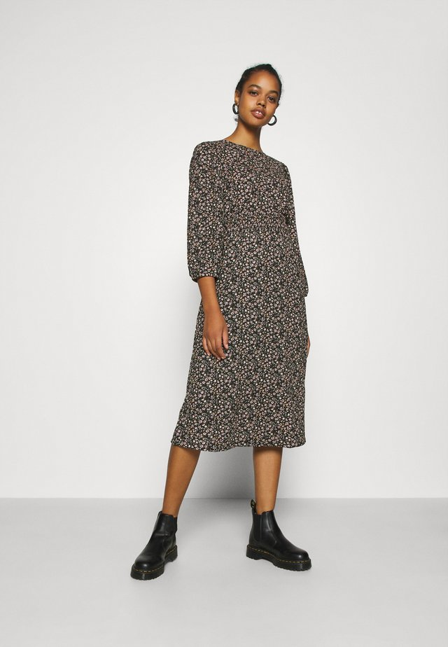 ONLZILLE  SMOCK MIDI DRESS - Day dress - black/colored ditsy