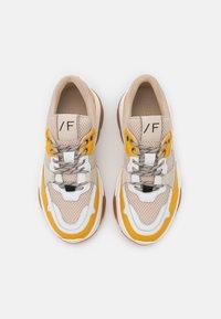 Selected Femme - Sneakers laag - citrus - 5
