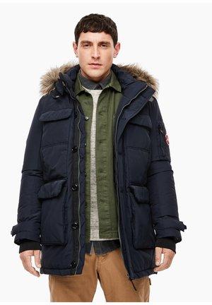 MIT CARGOTASCHEN - Winter jacket - dark blue