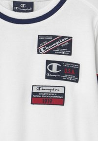 Champion - BASKET GAME CREWNECK UNISEX - Collegepaita - white - 2