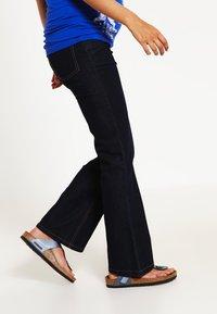 JoJo Maman Bébé - Bootcut jeans - dark blue - 3