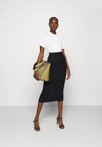 Stylein - RENE - Pouzdrová sukně - navy - 1