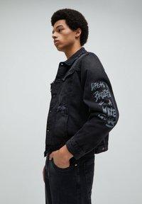 PULL&BEAR - Giacca di jeans - black - 3