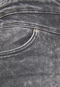 ONLY - ONLVIENNA LIFE MINI SKIRT  - Denim skirt - grey denim - 2