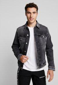 Calvin Klein Jeans - FOUNDATION SLIMJACKET - Cowboyjakker - grey - 0
