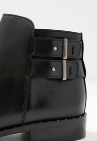 Pinto Di Blu - Ankle boots - noir - 2