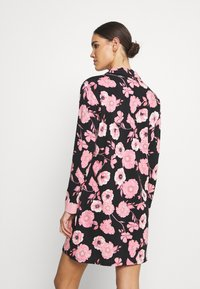 LASCANA - NIGHTGOWN - Camicia da notte - black/rose - 2
